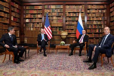 Američtí a ruští velvyslanci se vrátí na své posty. Setkání bylo pragmatické, shodli se Biden a Putin