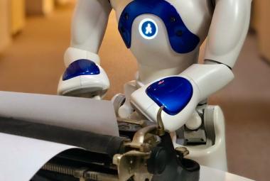 Když robot píše hru, má nechtěný smysl pro humor a dost myslí na sex