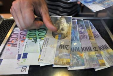 Upozornit na nevýhodné kurzy není trestný čin, odmítla policie směnárníky