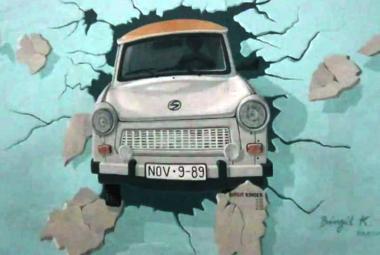 Pád Berlínské zdi se zatím odkládá…
