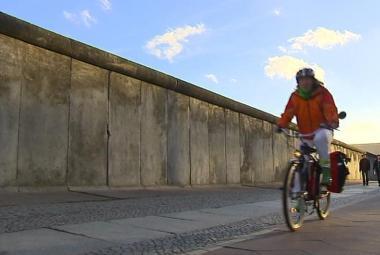 Na kole zónou smrti - cyklostezka po stopách Berlínské zdi