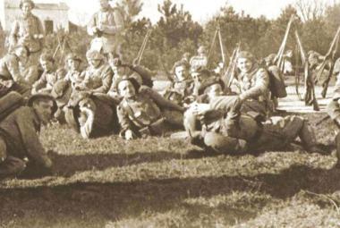 """""""Vojáky armády ještě neexistujícího státu"""" připomene Raport o velké válce"""