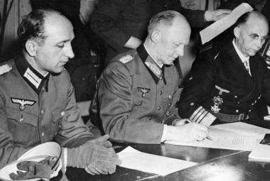 Kapitulace Německa byla podepsána hned dvakrát