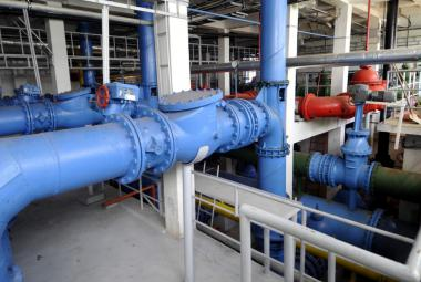 Praha chce ovládnout distribuci vody. S Veolií začne jednat o koupi PVK