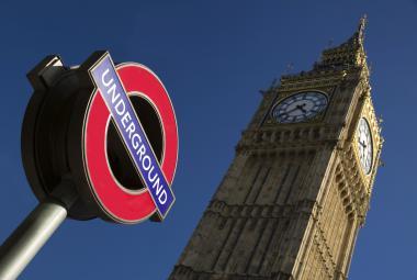 Londýnské metro slaví jubileum. Bylo první a jediné parní