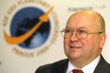 Remek před letem absolvoval i zubařský kurz, ale ruský kosmonaut vrtání v kosmu odmítl