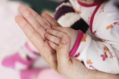 Osvojené děti vychovávají už 30 let. Patří mezi nejstarší pěstouny v kraji