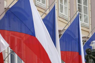 Státní vlajka – jako jediná ze symbolů svoji podobu nemění