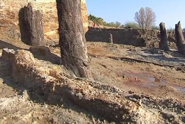 Archeologové odkryli v Mikulčicích základy velkomoravského mostu