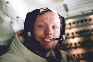 Muži, kteří se jako první prošli po Měsíci. Armstronga i Aldrina tam poslala Korejská válka