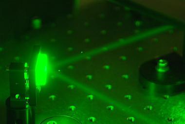 Do Česka dorazil Lucifer. Laser s výkonem milion miliard wattů