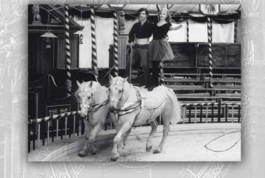 Československá televize začala vysílat seriál Cirkus Humberto