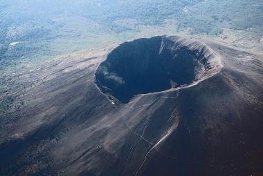 Sopka Vesuv, která pohřbila Pompeje, sice spí, ale…