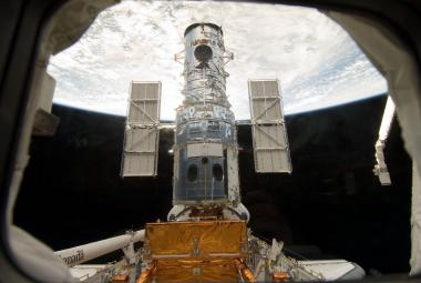 Hubbleův teleskop slaví: Ve vesmíru stráví ještě pět let