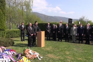 Transport smrti zanechal v Krupce na Teplicku masový hrob