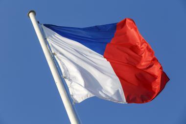 Za špatně vyvěšenou státní vlajku hrozí pokuta až 10 tisíc