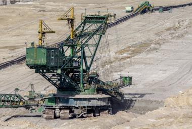 Zdroje vody pro desítky tisíc lidí jsou v ohrožení, Poláci plánují rozšířit důl u českých hranic