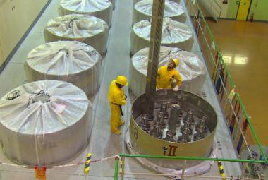 Ukládání zásob jaderného paliva