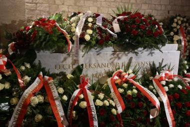 Hrob Lecha Kaczyńského na krakovském Wawelu