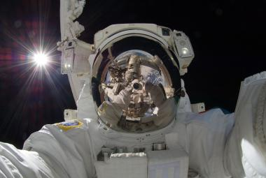 Vesmírné selfie japonského astronauta Akihika Hošideho