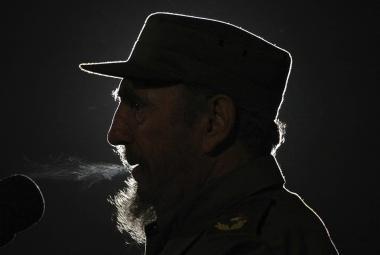 Nejdéle vládnoucí diktátor očima slavných