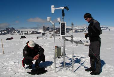 Česká polární stanice už je v Antarktidě 10 let. Vědci tam našli plesiosaura a naměřili rekordní teploty