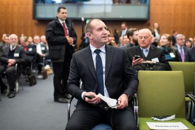 Nově zvolený bulharský prezident Rumen Radev na Německo-bulharském ekonomickém fóru v Berlíně