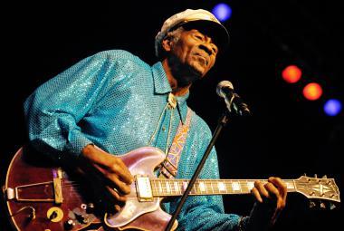 """Zemřel """"vynálezce rokenrolu"""" Chuck Berry, bylo mu 90 let"""