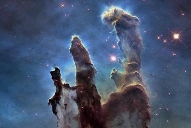 Před 20 lety zemřel otec Hubbleova vesmírného teleskopu. Díky němu vidíme počátky vesmíru