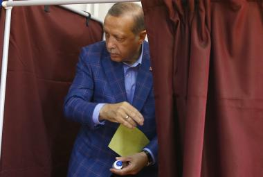 Turecký prezident Erdogan odhlasoval v Istanbulu