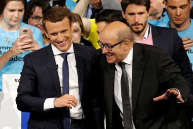 Emmanuel Macron a Jean-Yves Le Drian