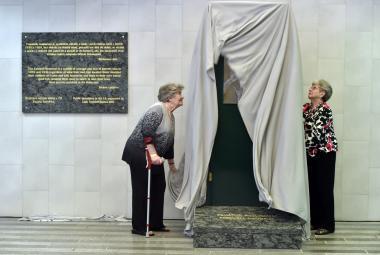 Rodiče tzv. Wintonových dětí mají svůj památník na pražském hlavním nádraží