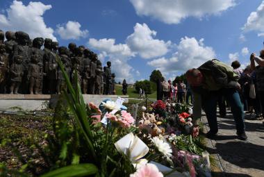 Pieta v Lidicích připomněla 75 let od vyhlazení obce
