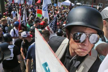 Demonstrace bělošských extremistů v Charlottesville ve Virginii