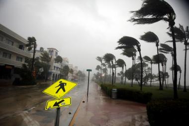 Za vznik hurikánů může podle vědců možná menší zamoření vzduchu