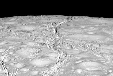 Pozemské bakterie mohou přežít na Saturnově měsíci Enceladu, prokázal výzkum