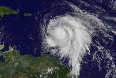 Hurikán Maria zesílil na nejvyšší stupeň. Zasáhl ostrov Dominika