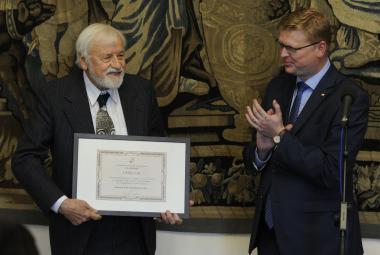 Hmyz je podobný člověku: i v totalitarismu. Entomolog Jan Žďárek dostal cenu za propagaci a popularizaci vědy