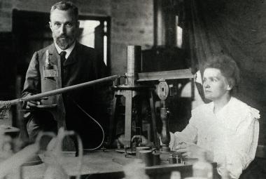 Marie Curieová-Sklodowská byla špičkovou vědkyní v době, která ženám nepřála. Narodila se před 150 lety