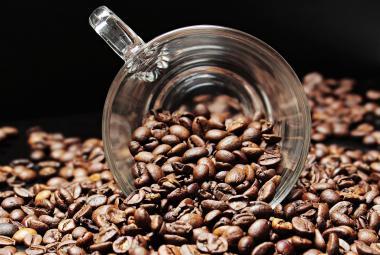 Je káva lék, nebo jed? Vědci se pokusili najít odpověď ve velké studii