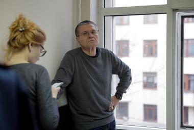 Alexej Uljukajev během soudního líčení
