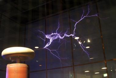 Nikola Tesla zemřel před 75 lety. Zneuznaný génius je dodnes uctívaný jako hrdina
