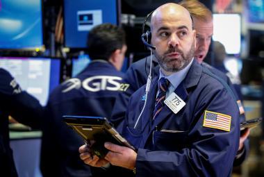 Obchodníci na parketu americké burzy NYSE.