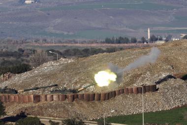 Turecké dělostřelectvo útočí na syrský Afrín