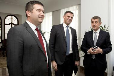 Jan Hamáček, Jiří Zimola a Andrej Babiš