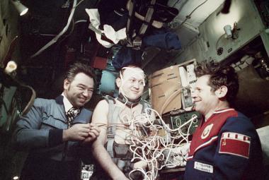 Před 40 lety se do vesmíru poprvé podíval občan třetí země, Čechoslovák Remek