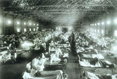 Španělská chřipka vypukla před 100 lety. Zabila víc lidí než první světová válka