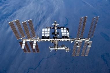 Rusové tvrdí, že našli na ISS stopy po vrtání i na vnějším štítu
