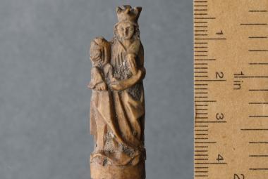 Pražští archeologové hlásí objev výjimečných artefaktů z Václavského náměstí