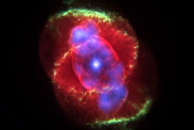 Smrt našeho Slunce bude nádherná a zářivá, popsali astronomové